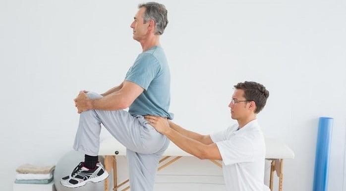 درمان دیسک کمر با ورزش، نرمش و حرکات اصلاحی چگونه است؟
